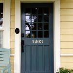 13-front-door-color-ideas-homebnc