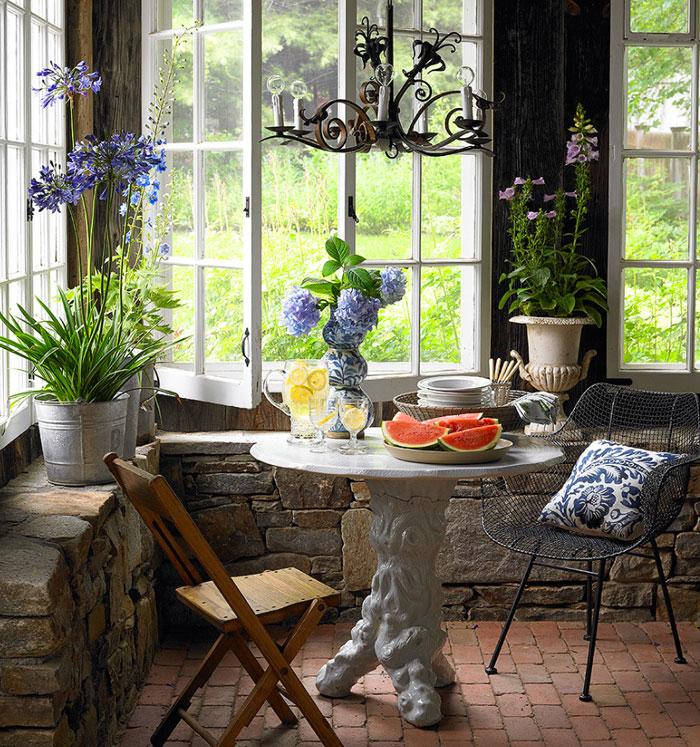 Indoor-Outdoor Nook