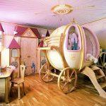 13-the-carriage-room-disney-room-decor-homebnc-1