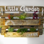 14-a-look-straight-out-of-an-antique-flower-market-vertical-garden-decor-homebnc