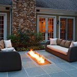 14-fire-on-the-floor-fireplace-idea-homebnc