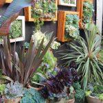 14-garden-fence-decoration-ideas-homebnc