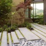 14-garden-path-walkway-ideas-homebnc