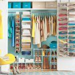 14-use-perfectly-coordinated-colors-closet-organizer-homebnc