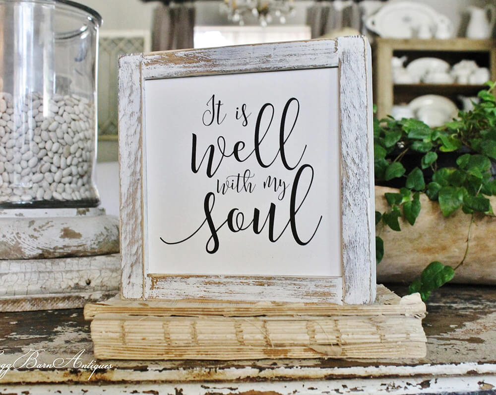 Farmhouse Signs Make a Statement