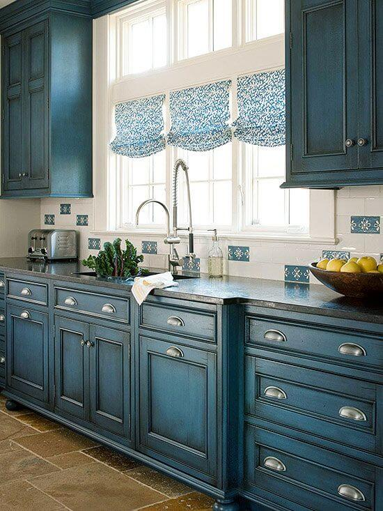 Antique Blue Wood Finish is a Classic Look