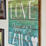 15-diy-pallet-signs-ideas-homebnc