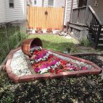 15-spilled-flower-pot-ideas-homebnc