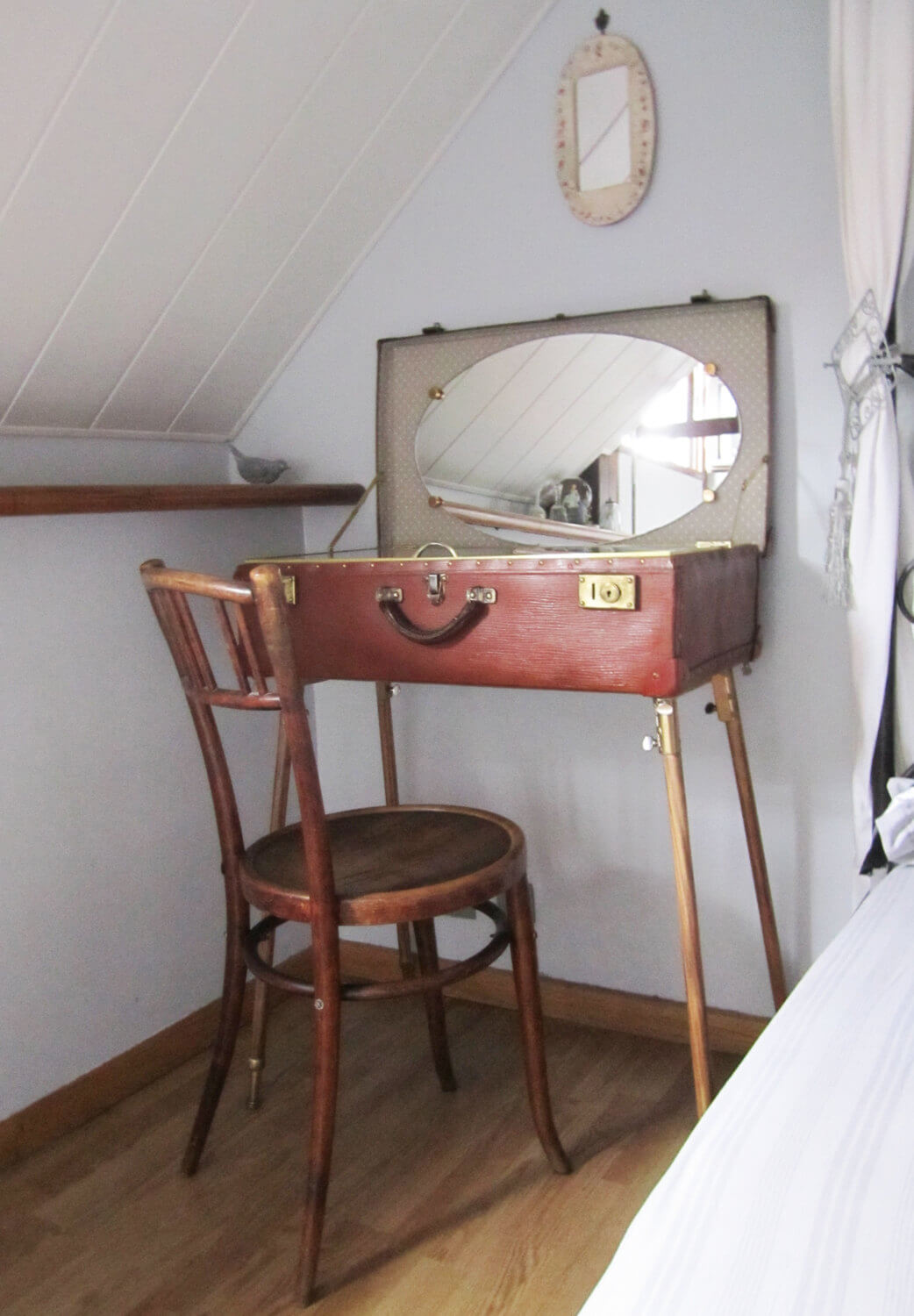 Antique Luggage Vanity Table
