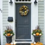 16-farmhouse-front-door-ideas-homebnc