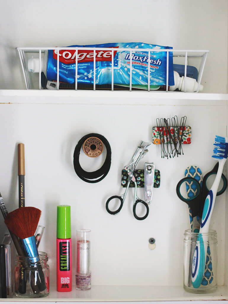 Maximize Medicine Cabinet Space using Magnets