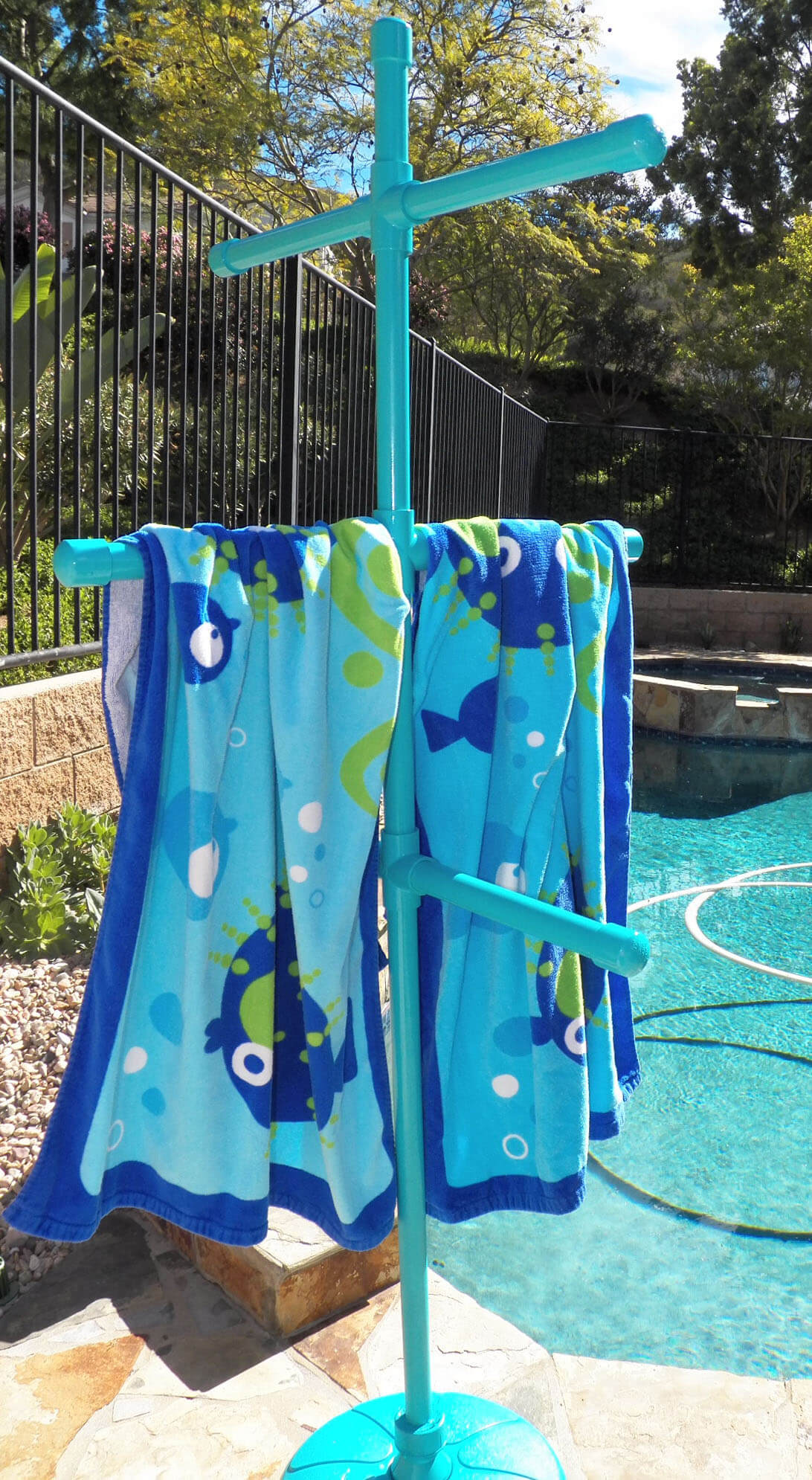 Colorful DIY Towel Tree