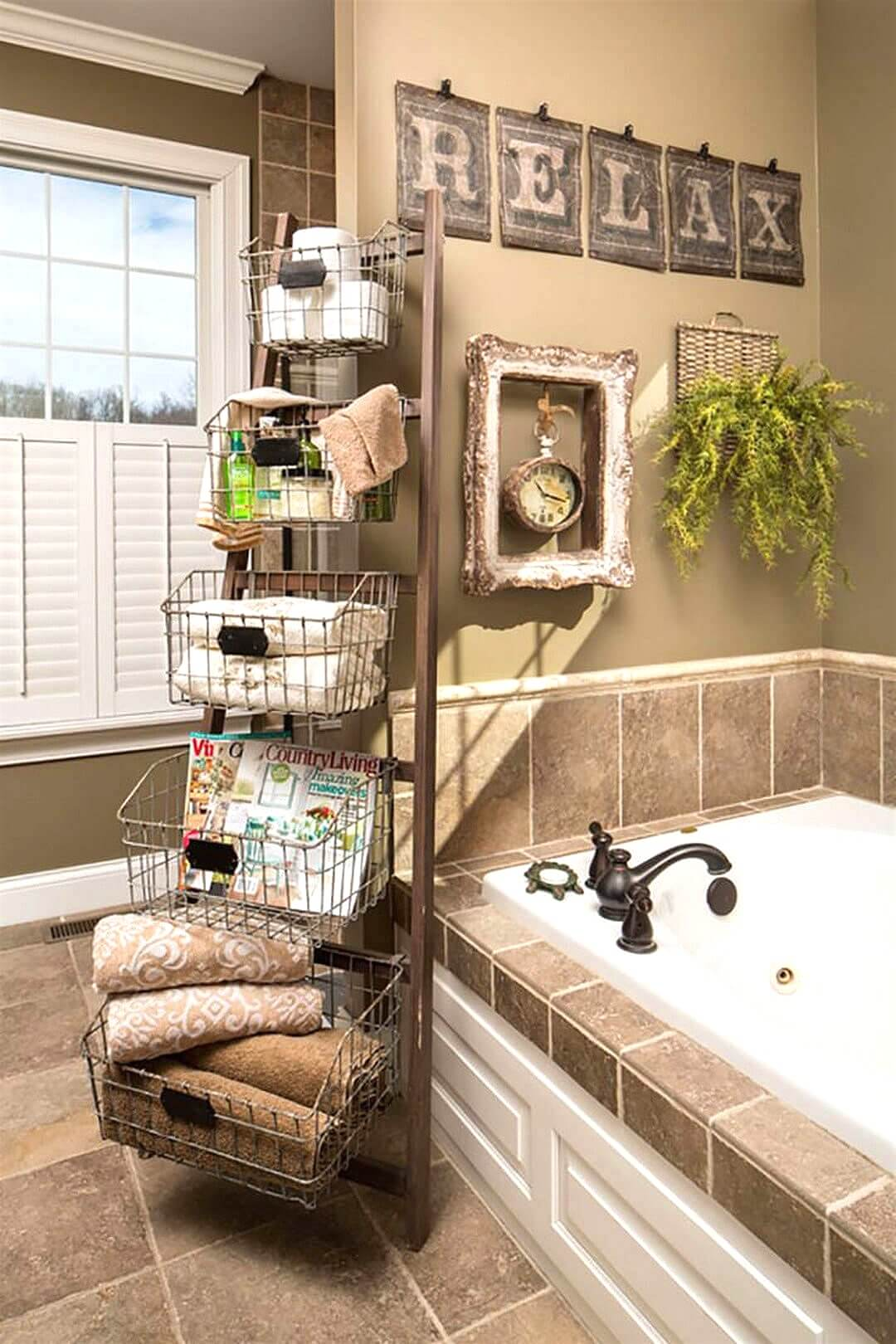 Primitive Wood Ladder Bathroom Caddy