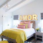17-bedroom-wall-decor-ideas-homebnc