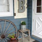 17-porch-wall-decor-ideas-homebnc