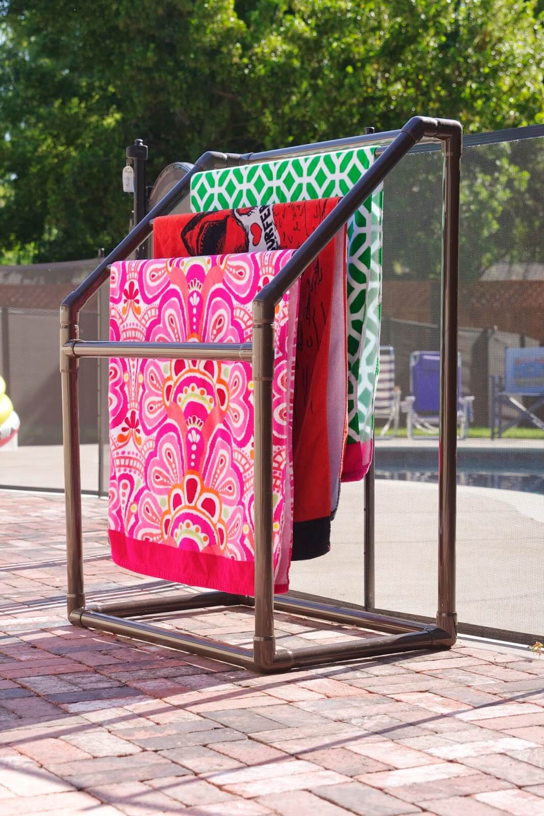 Lightweight Outdoor Towel Drying Station