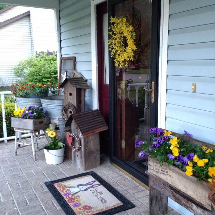 Decorative Bird Houses, Galvanized Troughs, Wooden Planters