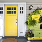 17-stack-dresser-drawers-to-create-a-striking-vertical-garden-vertical-garden-decor-homebnc