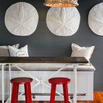 17-stunning-seaside-decor-breakfast-nook-idea-homebnc