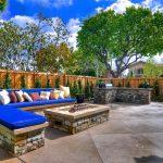18-cerulean-skies-fireplace-idea-homebnc