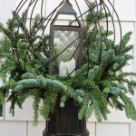 18-outdoor-holiday-planter-ideas-homebnc