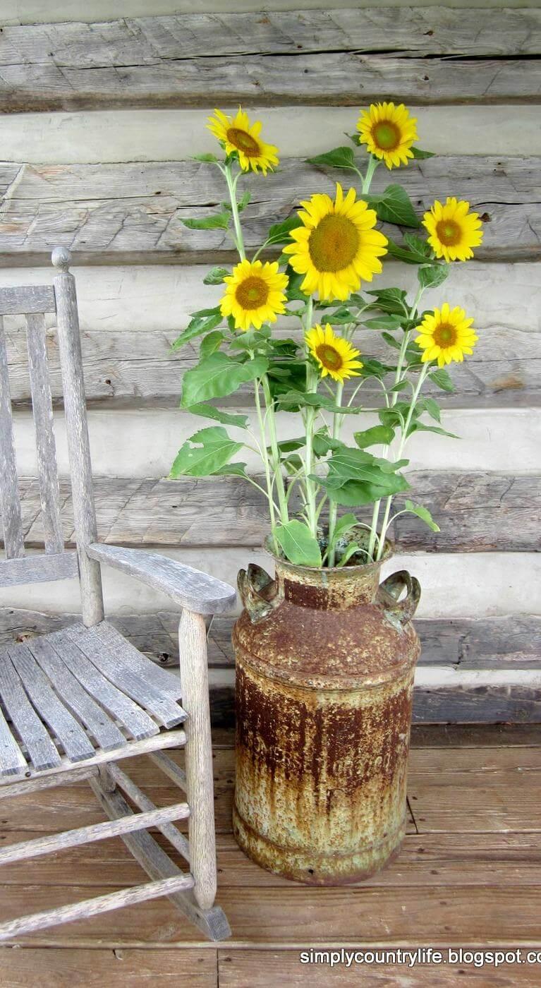 Rusted & Rustic Milk Pail Standing Vase