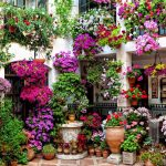 19-a-two-story-hanging-garden-of-flowers-vertical-garden-decor-homebnc