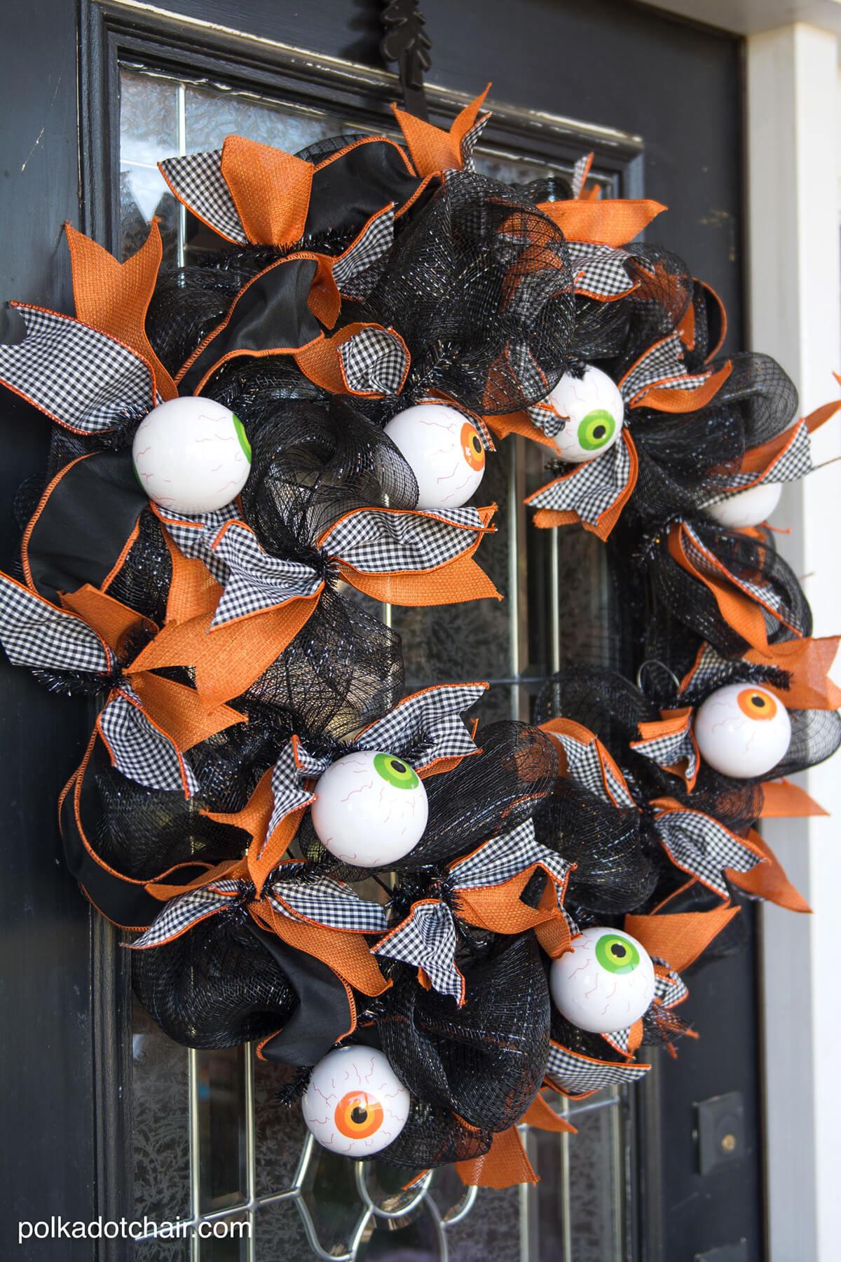 Big Bows And Eyeballs Halloween Wreath