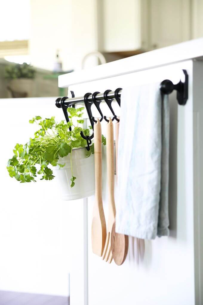 Hanging Rail Kitchen Organizer