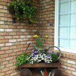 19-rustic-spring-porch-decor-ideas-homebnc