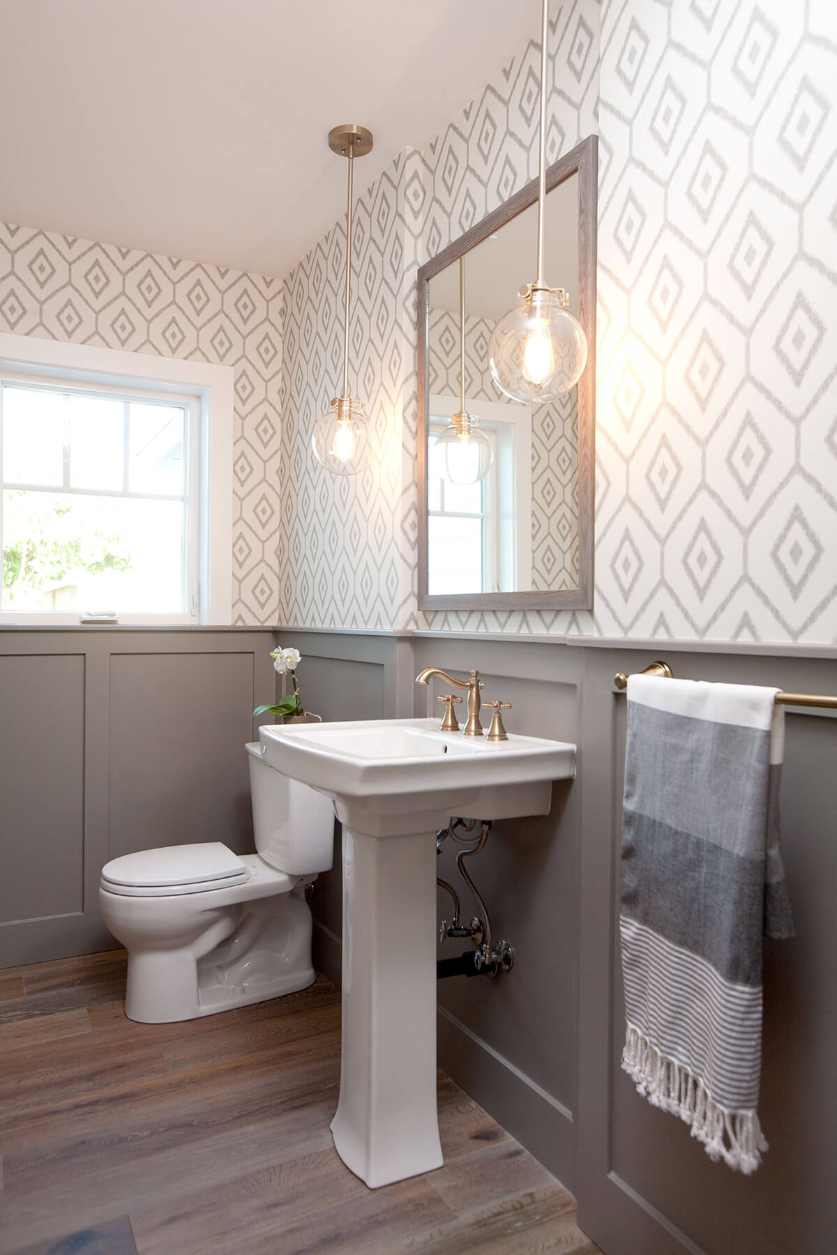 Classic White Sink with Large Mirror