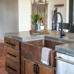 20-farmhouse-kitchen-sink-ideas-homebnc