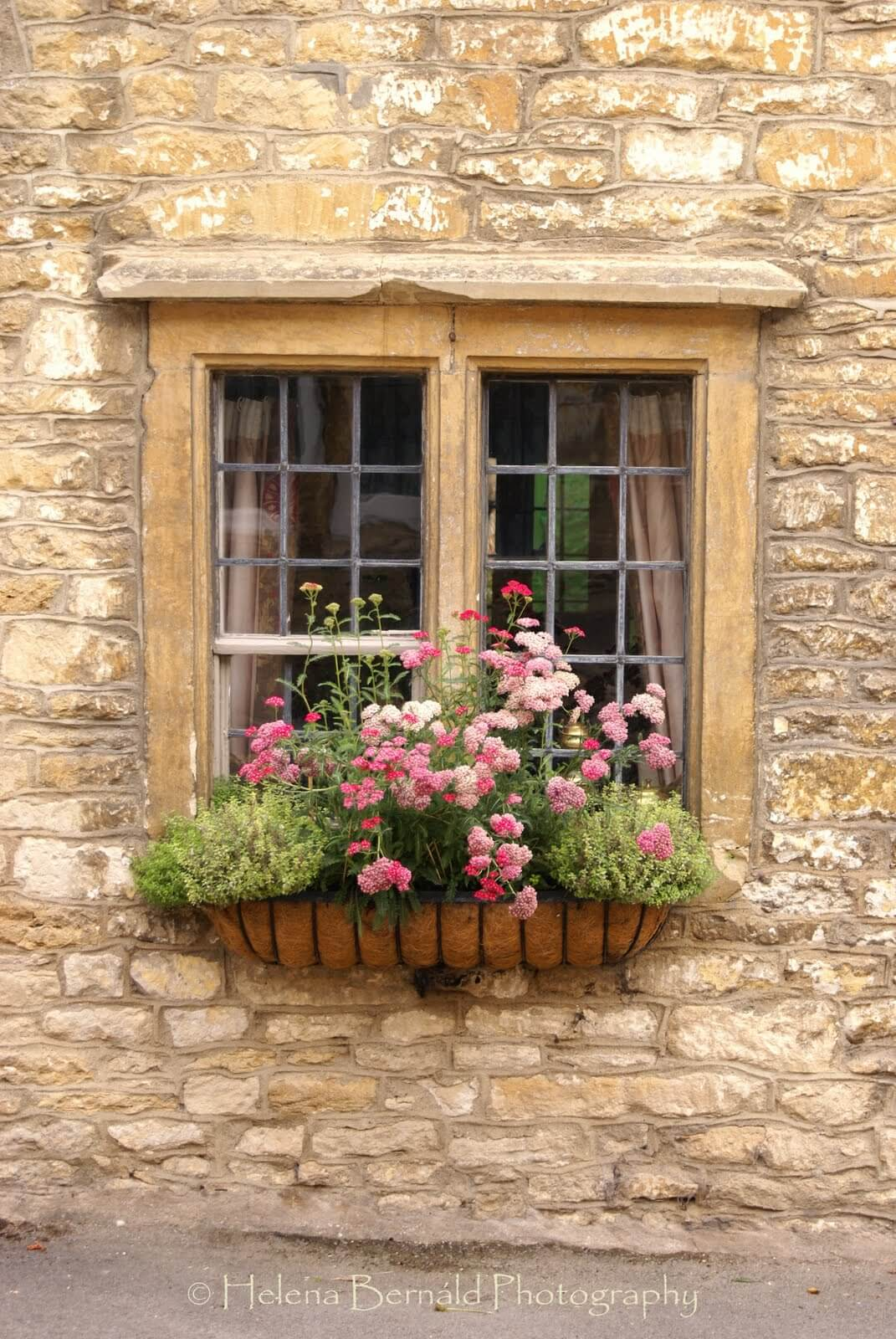 Iron Window Basket With Coco Fiber Liner