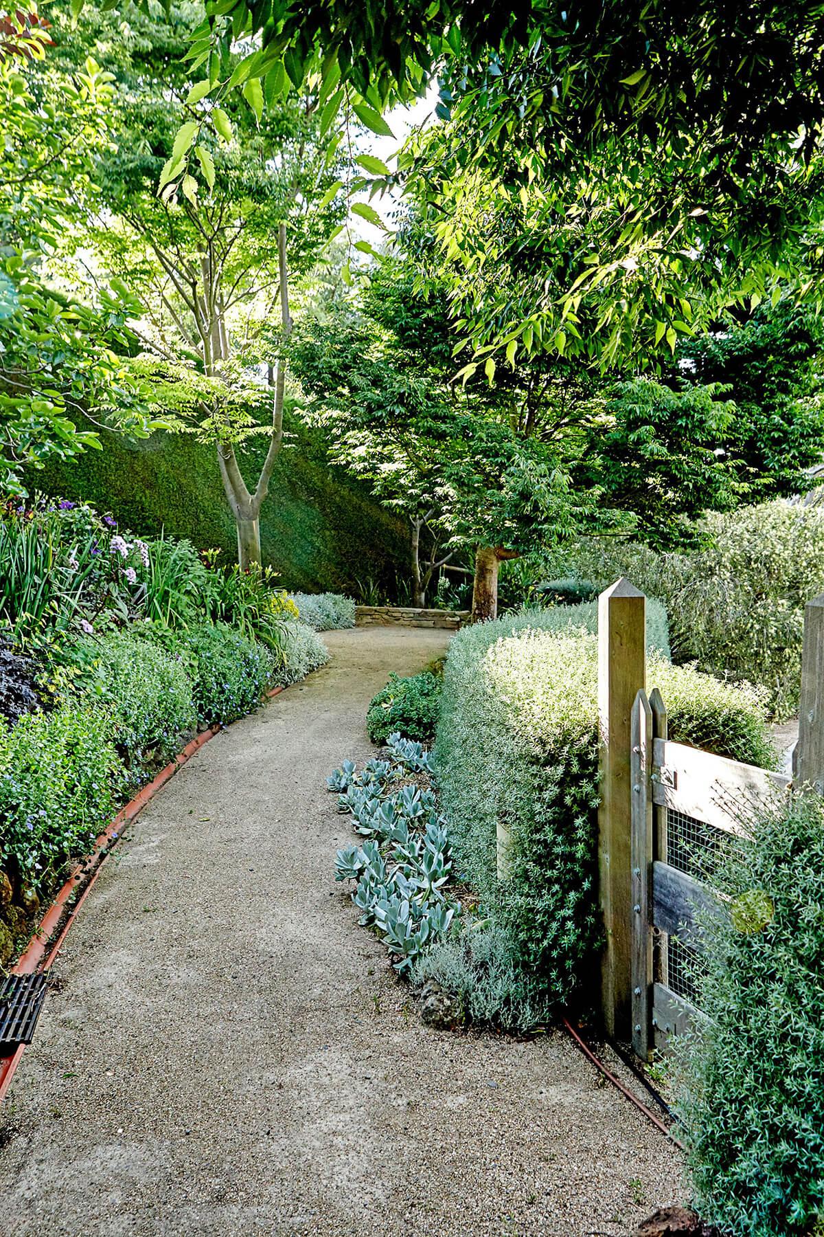 Paths in Cottage Style Garden Ideas