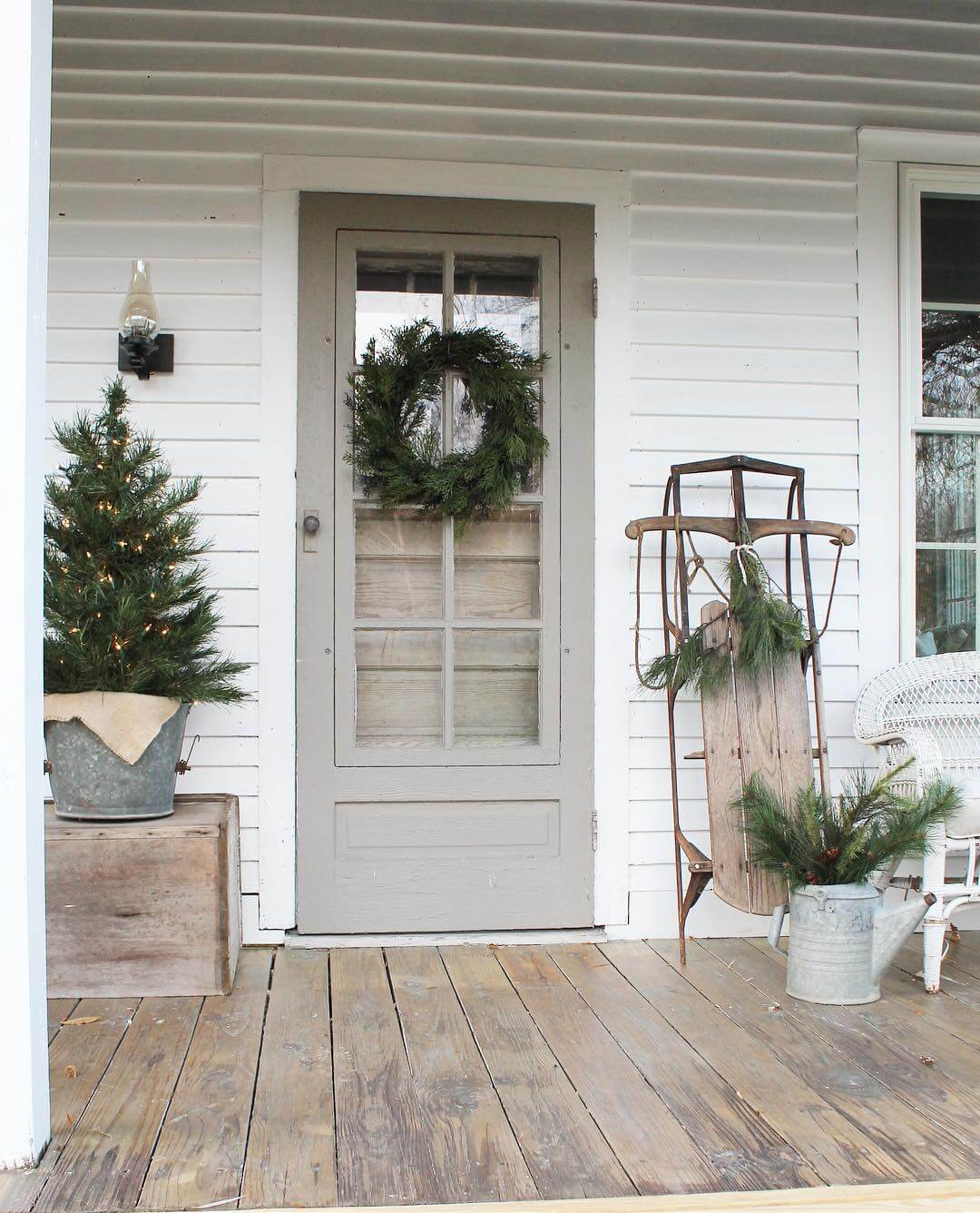 Cookies And Cream Farmhouse Front Door Ideas