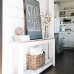 21-farmhouse-wall-decor-ideas-homebnc