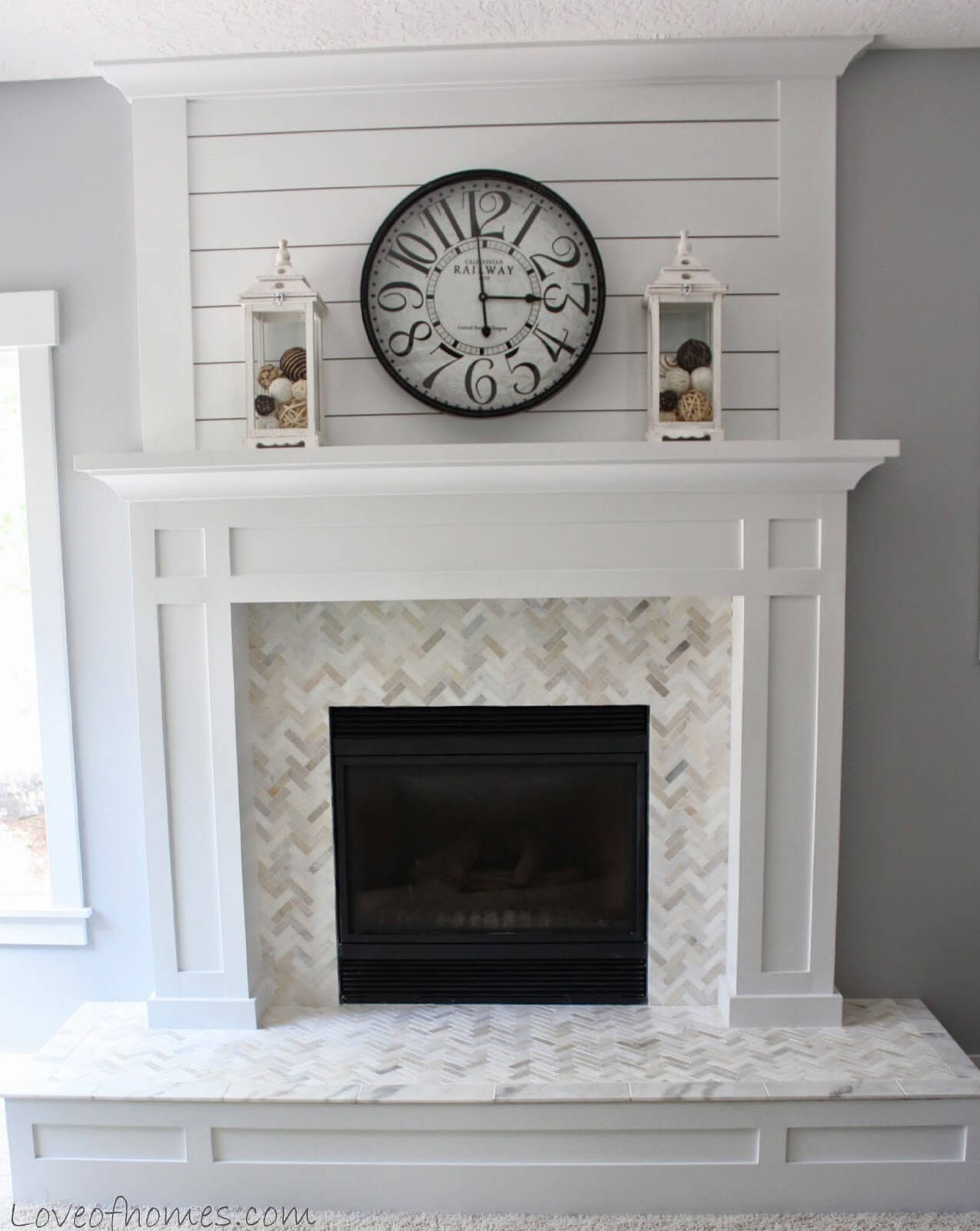 White and Grey Modern Farmhouse Fireplace