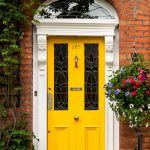 21-front-door-color-ideas-homebnc
