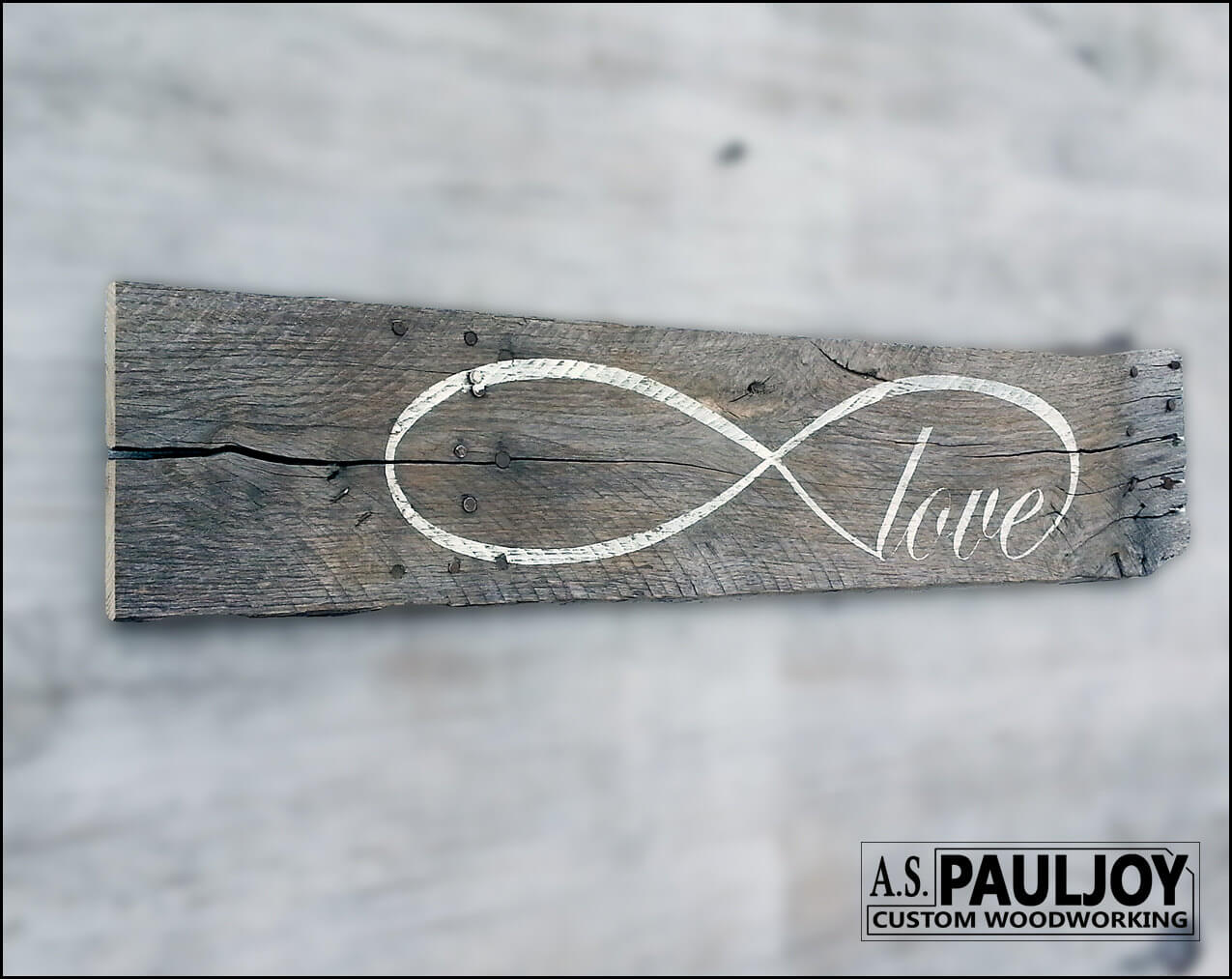 Distressed Barn Wood Eternal Love Décor