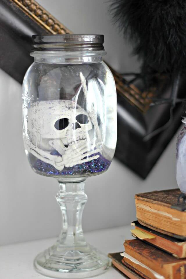 Creepy Skeleton-In-A-Jar Halloween Craft