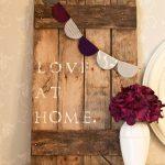22-diy-pallet-signs-ideas-homebnc