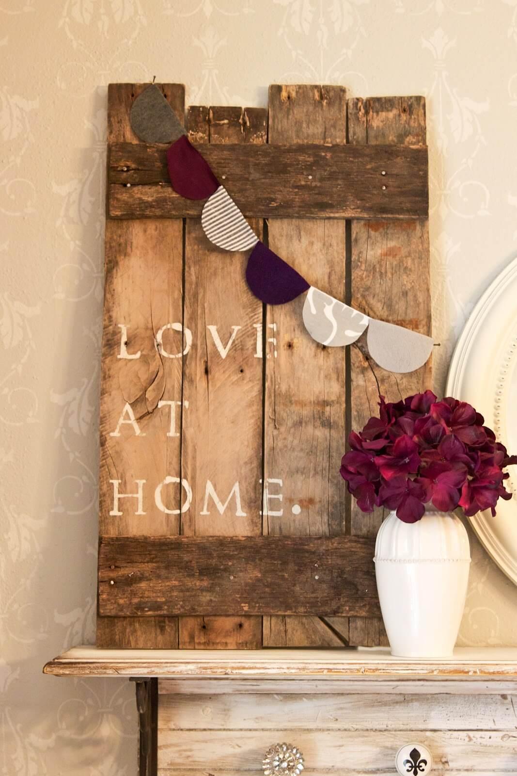 Love at Home Pallet Art