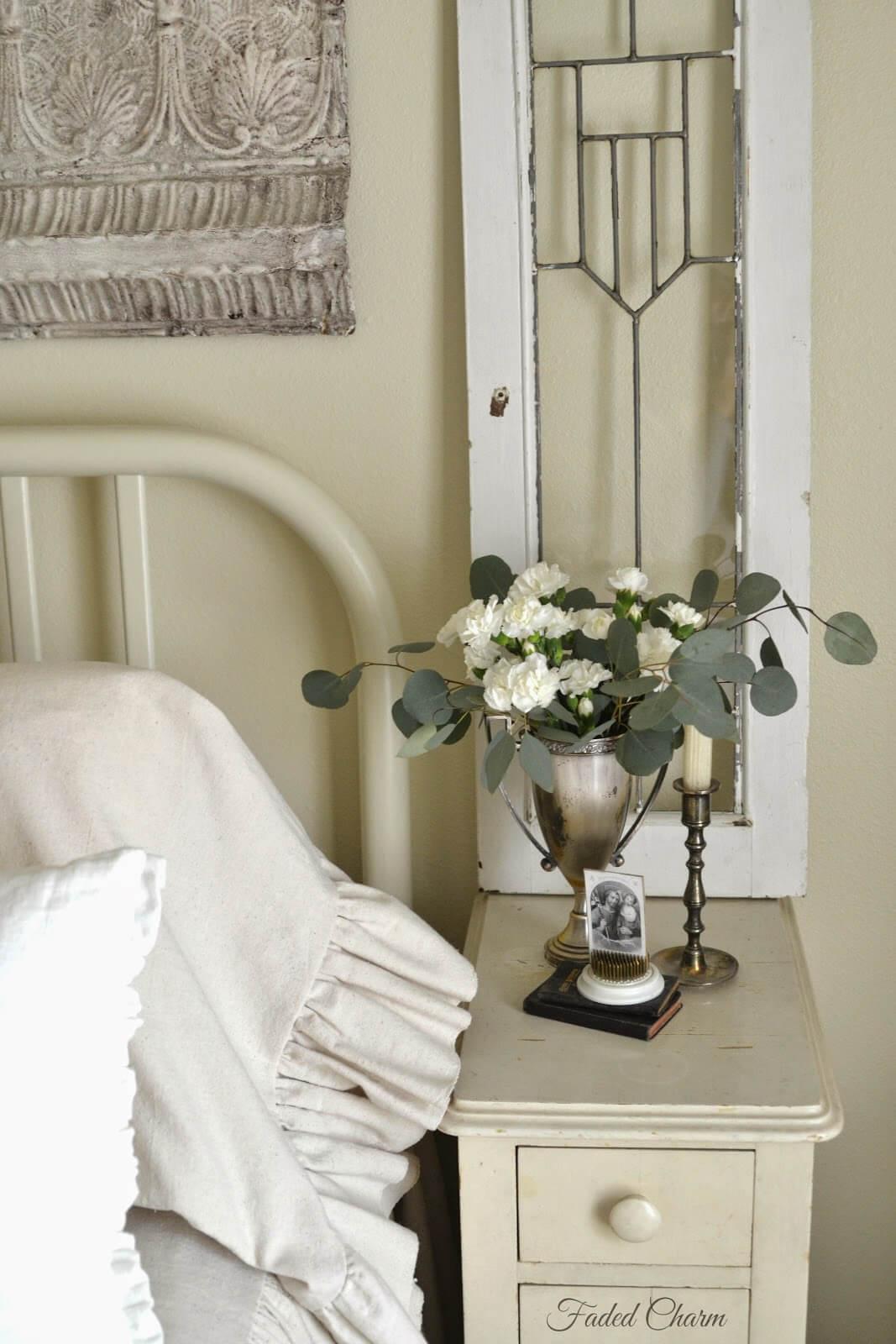 Window Frames as Bedroom Décor