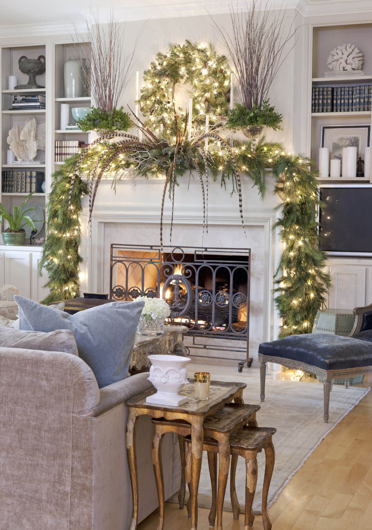 Cascading Garland Enlightens the Mantle