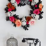 23-halloween-wreath-ideas-homebnc
