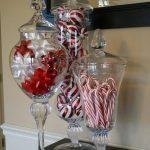 23-red-christmas-decor-ideas-homebnc