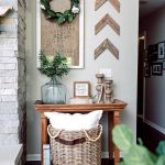 23-rustic-living-room-wall-decor-ideas-homebnc