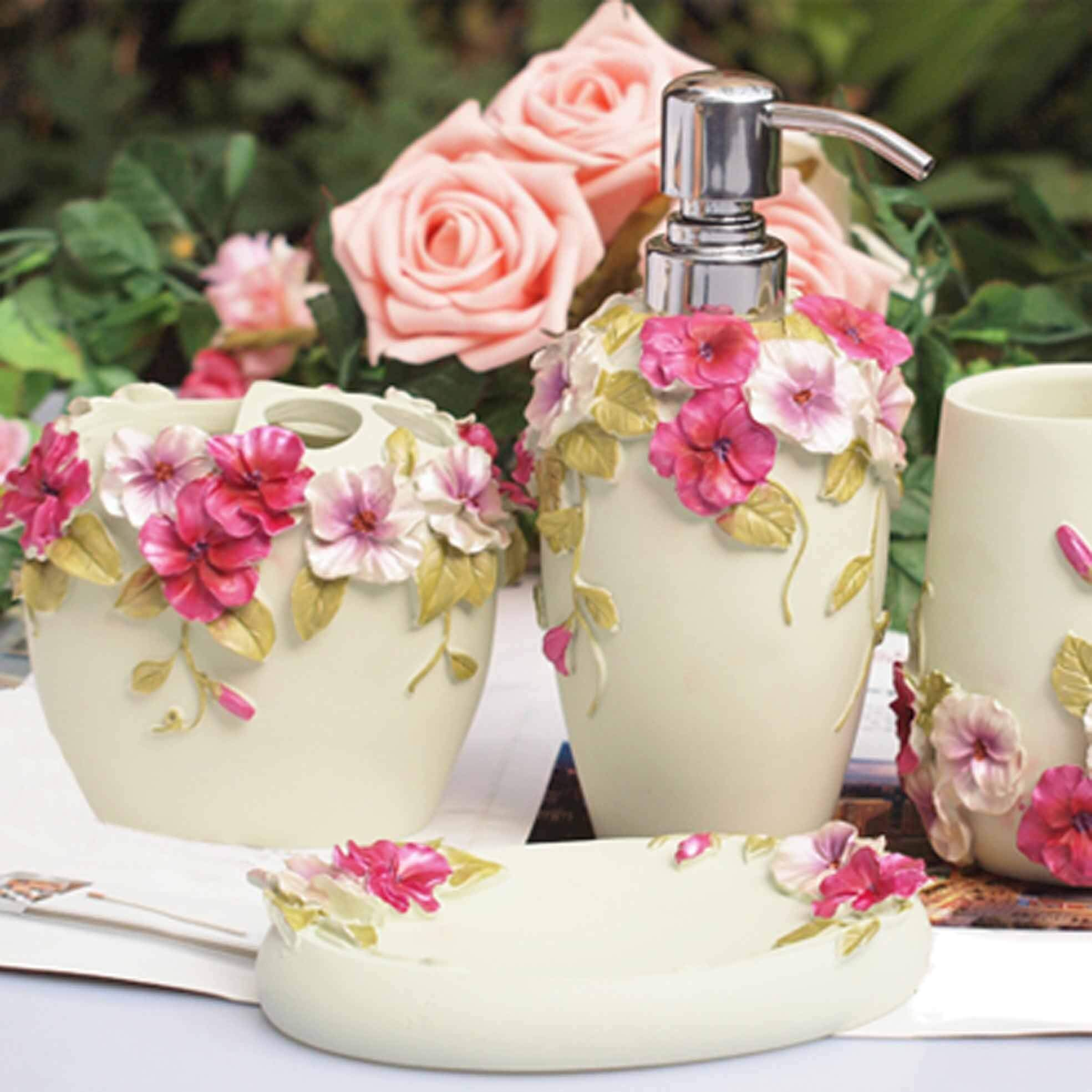 Pretty Floral Design Bathroom Accessories