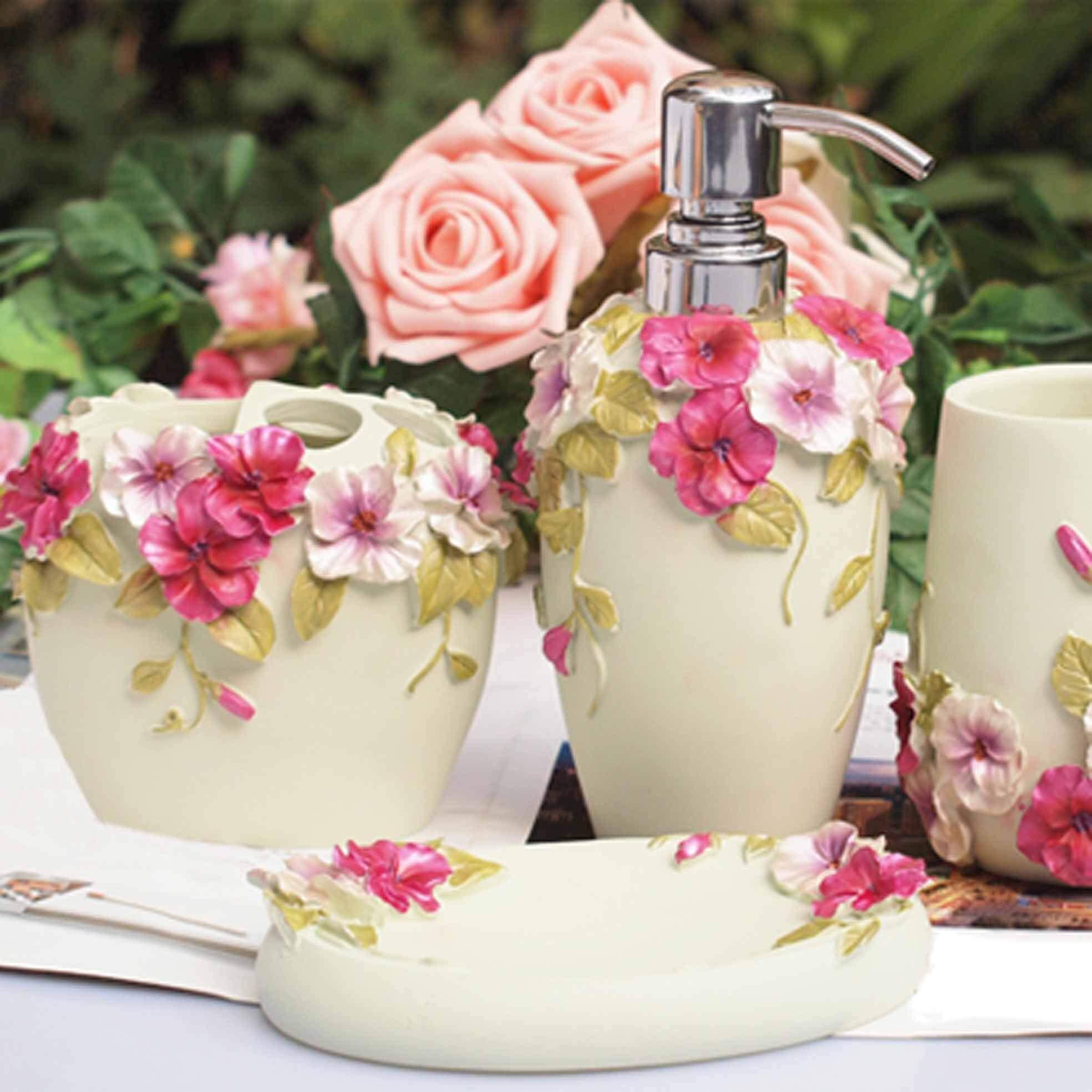 Pretty Floral Design Bathroom Accessories