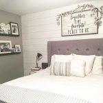 24-bedroom-wall-decor-ideas-homebnc
